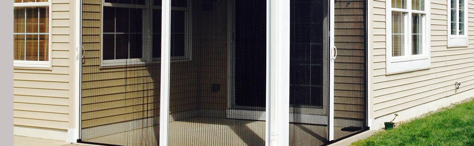 Retractable screens casco industries for Windows with retractable screens